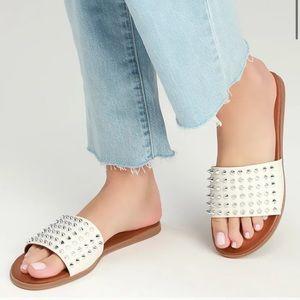 Steve Madden Farryn White Leather Studded Sandals